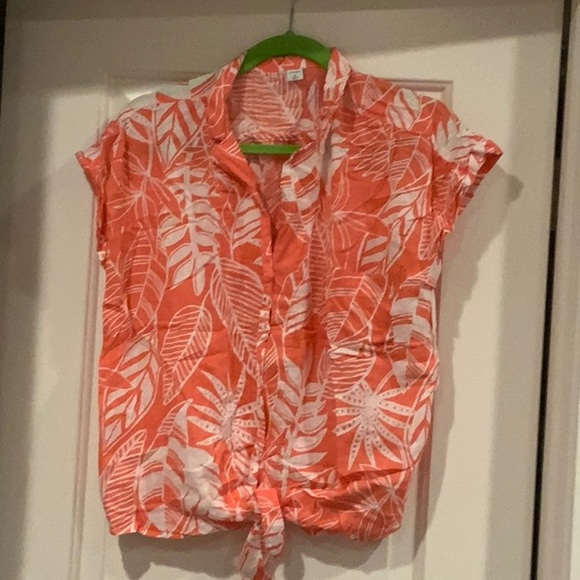 Old Navy Salmon/White Palm Print Tie Front Top M